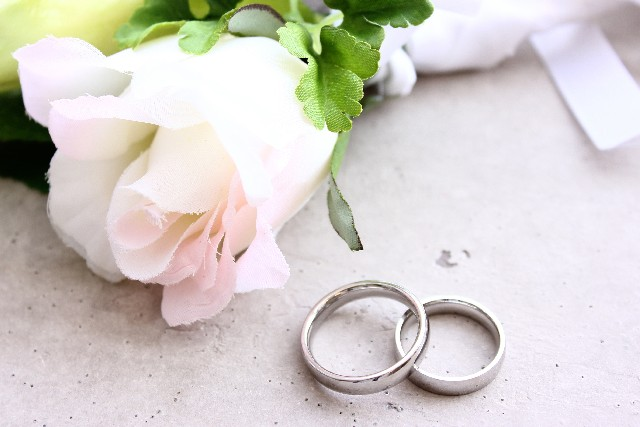 結婚指輪を彼チョイスしてもらう